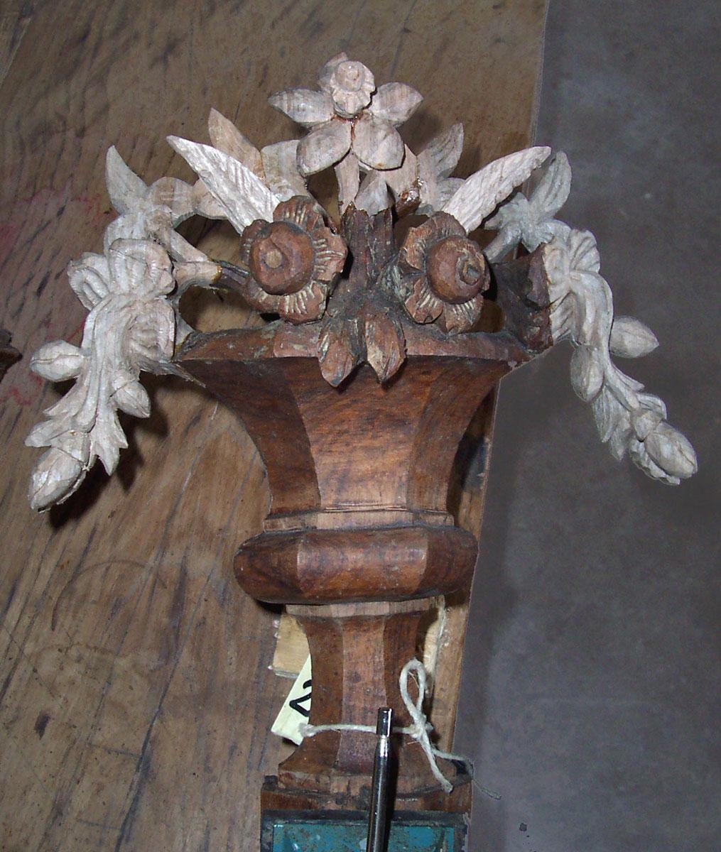 vaso con frutta e fiori ricostruzione delle parti mancanti Corso di restauro restauro