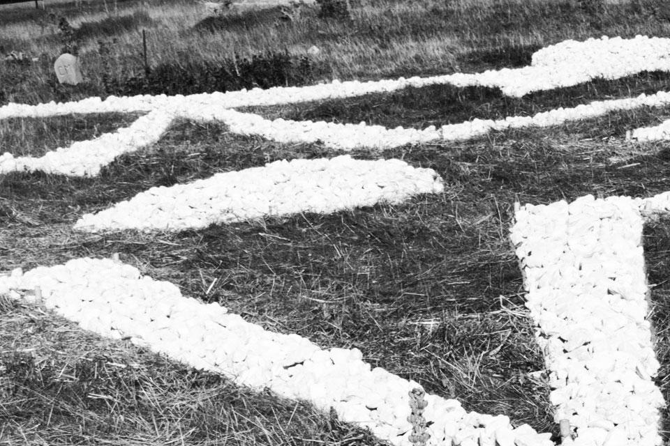 6 Elogio della Land Art terra scritture magiche Rudolf Steiner pietra majella land art anima