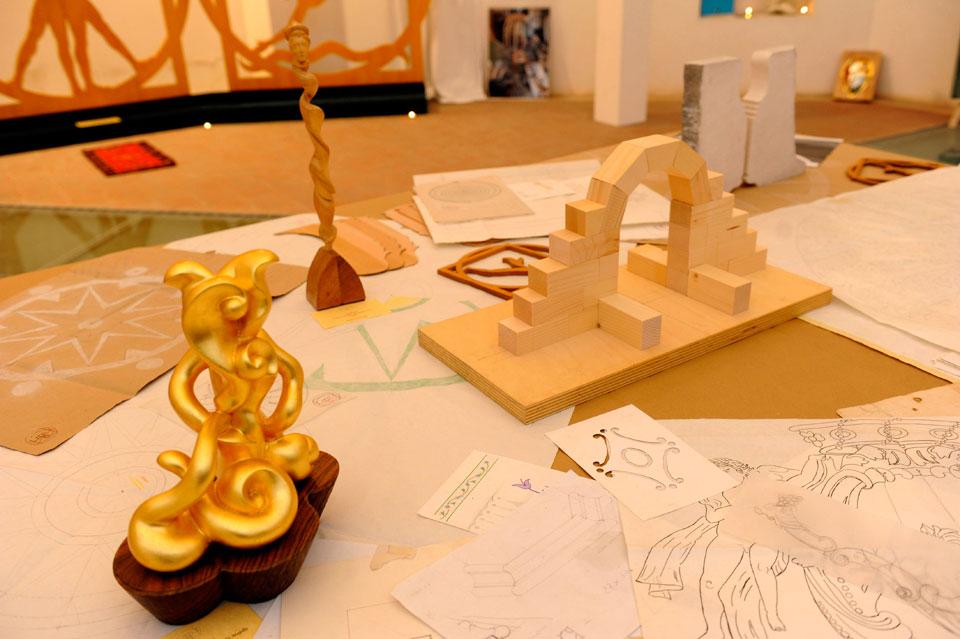 infinito presente mostra zuccarini16 Immagini e ricordi della mostra Infinito Presente (31 maggio   7 giugno 2015)   Chieti workshop di scultura walter zuccarini teatro simurgh stefania barbetta scultura ottagono mostra artigianato artistico artigianato