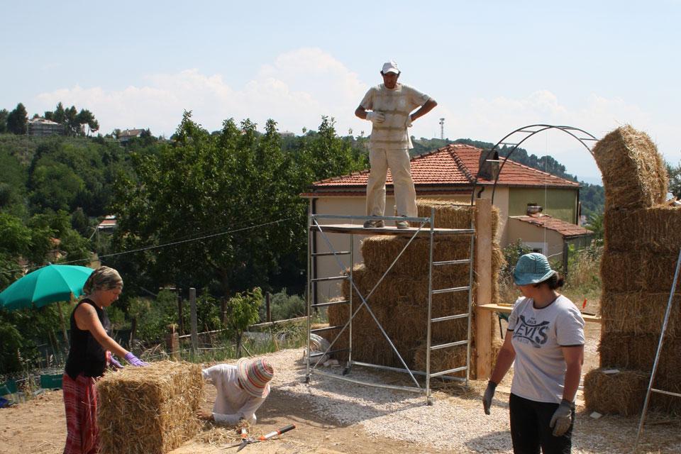 15 La Porta di Giano walter zuccarini land art la porta di giano giano furlo