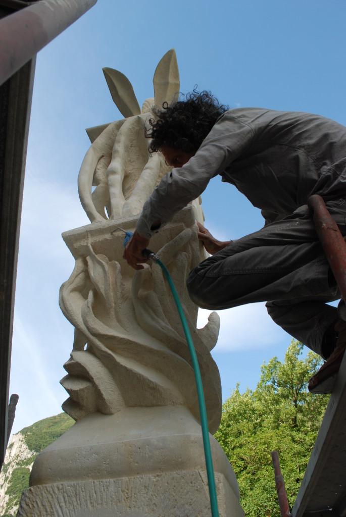 14. montaggio a La Casa degli Artisti 685x1024 Totem