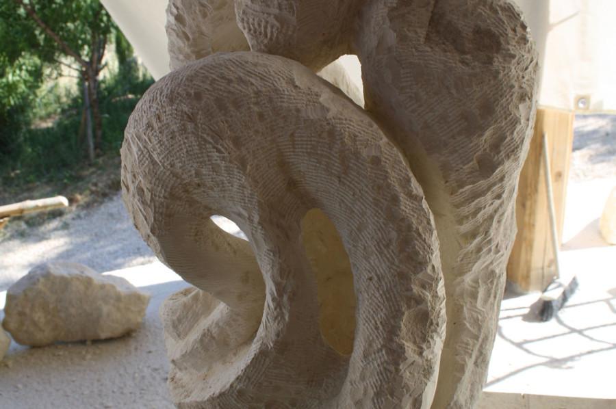 3. 900x598 SETTIMANA MAGICA   laboratorio di scultura manuale su pietra (10 17 giugno) settimana magica scultura walter zuccarini scultura su pietra corso scultura