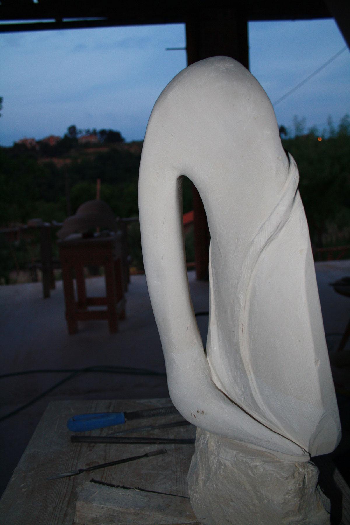 4. IMG 6713 1 SETTIMANA MAGICA   laboratorio di scultura manuale su pietra (10 17 giugno) settimana magica scultura walter zuccarini scultura su pietra corso scultura