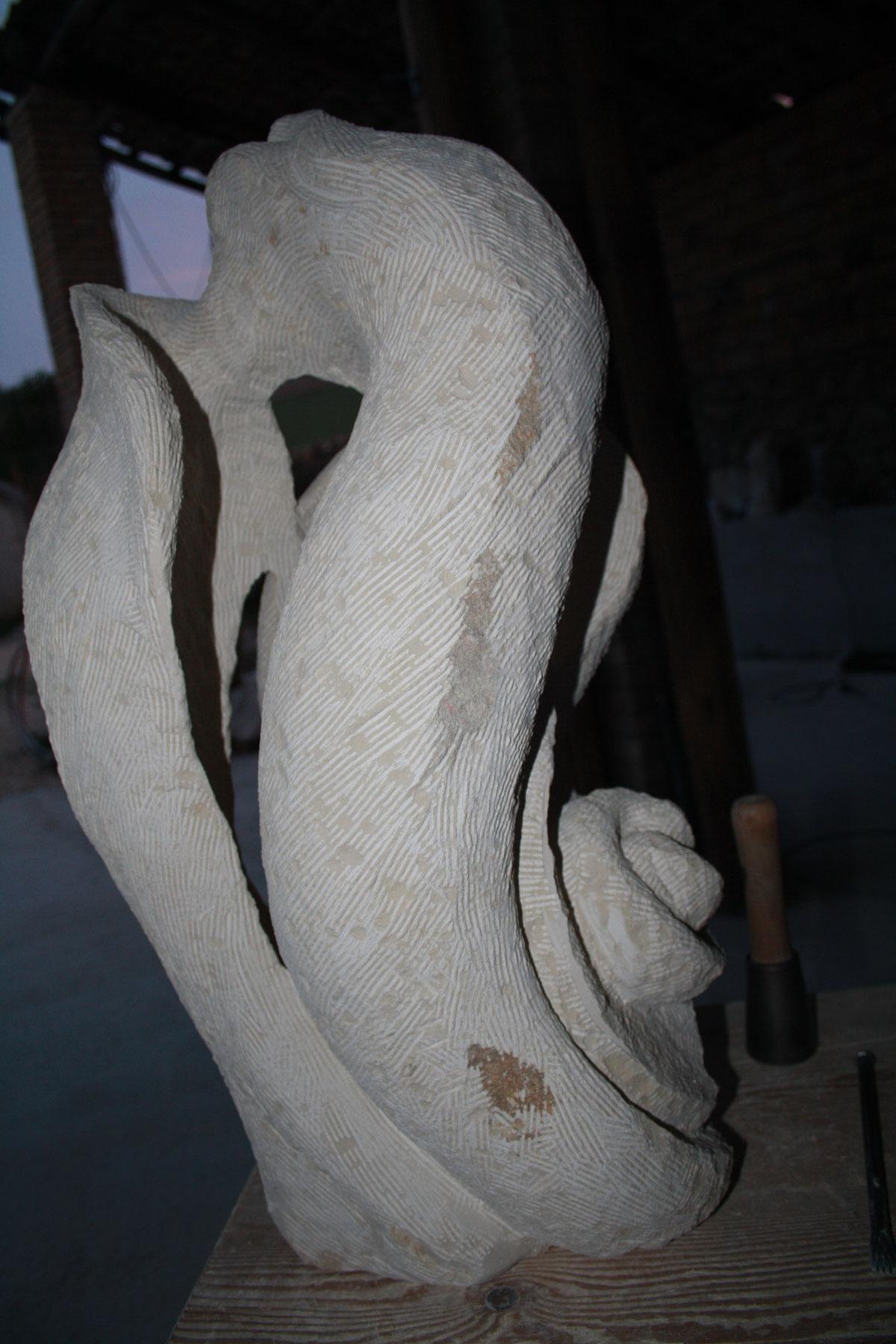 4. IMG 6717 SETTIMANA MAGICA   laboratorio di scultura manuale su pietra (10 17 giugno) settimana magica scultura walter zuccarini scultura su pietra corso scultura