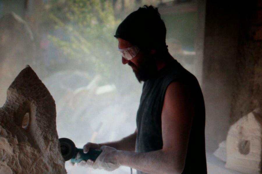 IMG 20170626 WA0008 1 900x598 SETTIMANA MAGICA   laboratorio di scultura manuale su pietra (10 17 giugno) settimana magica scultura walter zuccarini scultura su pietra corso scultura
