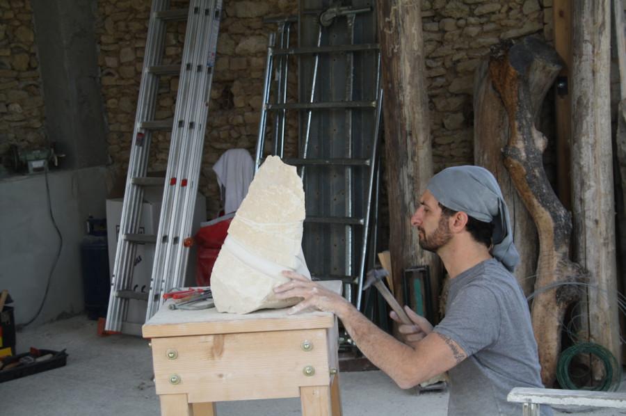 IMG 6761 900x598 SETTIMANA MAGICA   laboratorio di scultura manuale su pietra (10 17 giugno) settimana magica scultura walter zuccarini scultura su pietra corso scultura