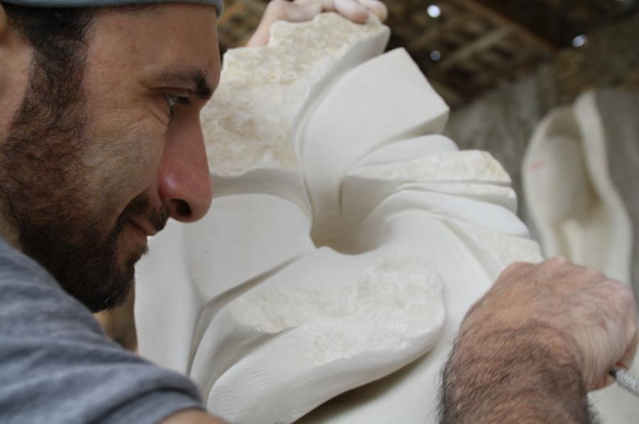 IMG 67951 900x598 SETTIMANA MAGICA   laboratorio di scultura manuale su pietra (10 17 giugno) settimana magica scultura walter zuccarini scultura su pietra corso scultura