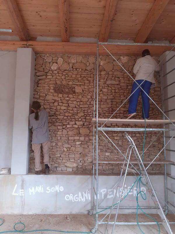 casa-per-arti-chieti-abruzzo-residenza-artistica-artigianato-scultura-walter-zuccarini-emilia-longheu
