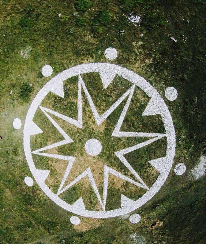terra madre - land-art majella, abruzzo a cura di walter zuccarini e la casa per le arti