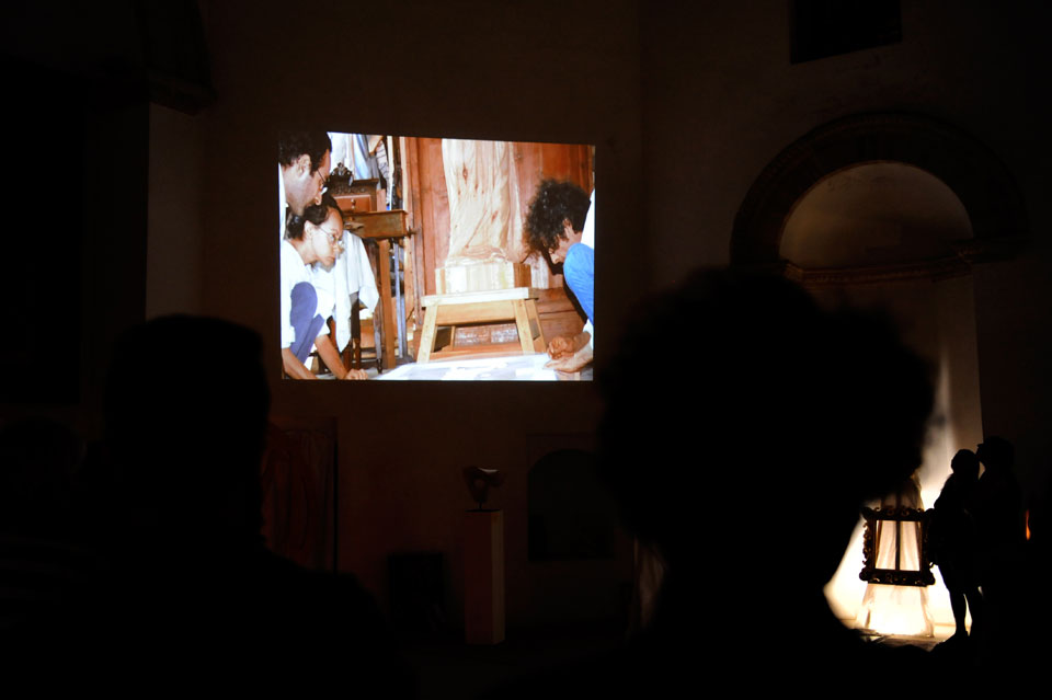 infinito presente mostra zuccarini6 Immagini e ricordi della mostra Infinito Presente (31 maggio   7 giugno 2015)   Chieti workshop di scultura walter zuccarini teatro simurgh stefania barbetta scultura ottagono mostra artigianato artistico artigianato