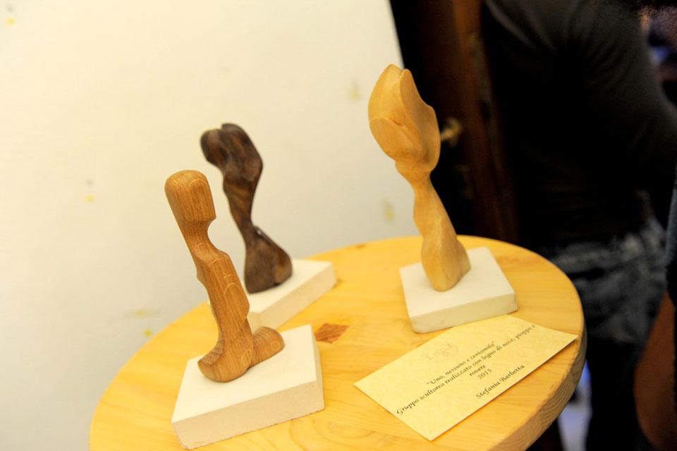 infinito presente mostra zuccarini9 Immagini e ricordi della mostra Infinito Presente (31 maggio   7 giugno 2015)   Chieti workshop di scultura walter zuccarini teatro simurgh stefania barbetta scultura ottagono mostra artigianato artistico artigianato