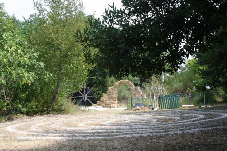 la porta di giano land art furlo walter zuccarini 0 1 740x492 Laboratorio