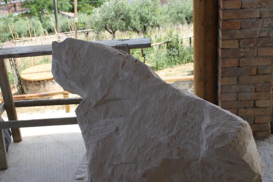 1. IMG 6654 900x598 SETTIMANA MAGICA   laboratorio di scultura manuale su pietra (10 17 giugno) settimana magica scultura walter zuccarini scultura su pietra corso scultura