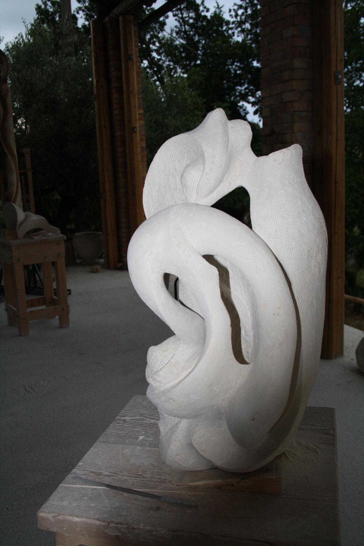 5. IMG 6722 SETTIMANA MAGICA   laboratorio di scultura manuale su pietra (10 17 giugno) settimana magica scultura walter zuccarini scultura su pietra corso scultura