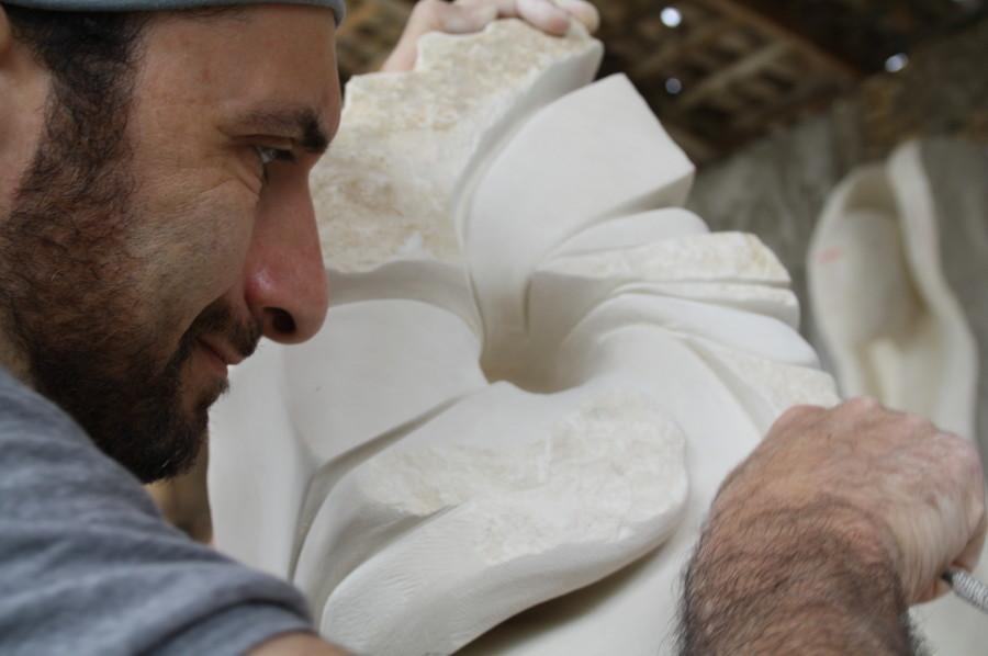 IMG 6795 900x598 SETTIMANA MAGICA   laboratorio di scultura manuale su pietra (10 17 giugno) settimana magica scultura walter zuccarini scultura su pietra corso scultura